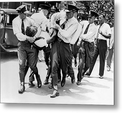 Dc Police Evict Wwi Vet Metal Print by Underwood Archives