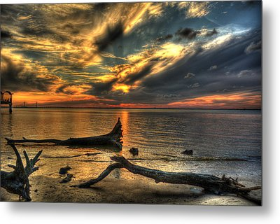 Death By Tide Metal Print by Greg and Chrystal Mimbs