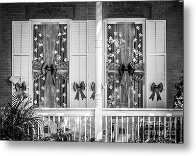 Decorated Christmas Windows Key West - Black And White Metal Print by Ian Monk