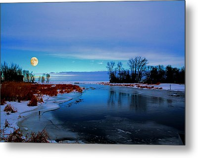Delta Beach Channel Metal Print by Larry Trupp