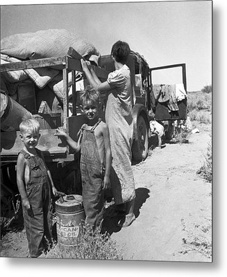 Depression Refugees Metal Print by Underwood Archives