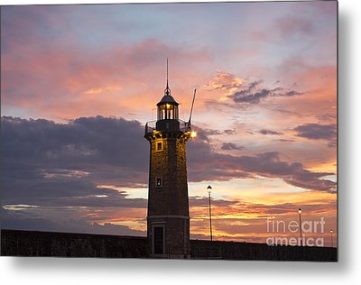 Desenzano Del Garda The Old Harbor Lighthouse Metal Print by Kiril Stanchev