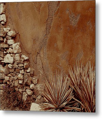 Desert Wall And Garden Metal Print by Sherri's Of Palm Springs