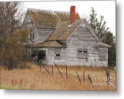 Metal Print featuring the photograph Deserted House by Mary Carol Story