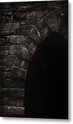 Detail Of A Gothic Arch Metal Print