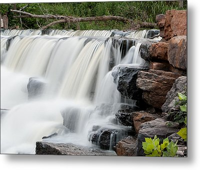 Devils Den Waterfall Metal Print