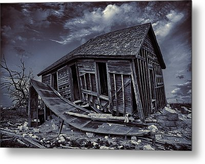 Diabolical Farmstead Metal Print by Thomas Zimmerman