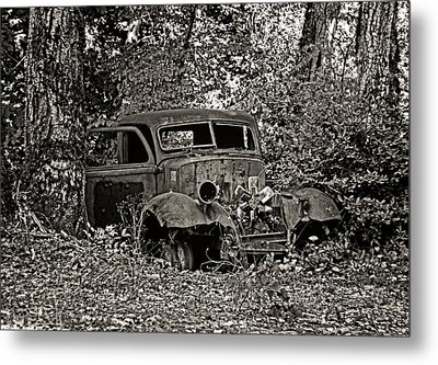 Metal Print featuring the photograph Diamond T by Betty Depee