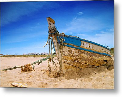 Dilapidated Boat At Ferragudo Beach Algarve Portugal Metal Print by Amanda Elwell