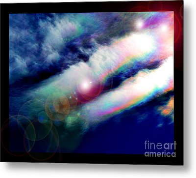 Dimensional Transits Metal Print by Susanne Still