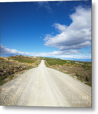Dirt Road Otago New Zealand Metal Print by Colin and Linda McKie