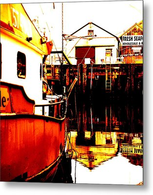 Dock Of The Bay Metal Print by Mamie Gunning