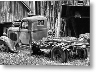 Dodge In The Country Metal Print