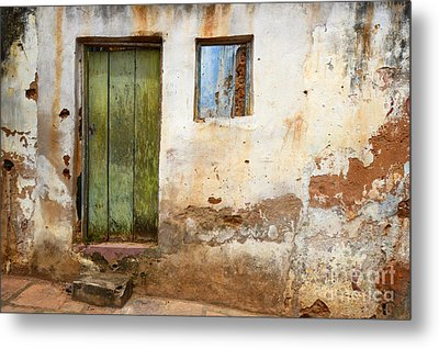 Doors And Windows Lencois Brazil 4 Metal Print by Bob Christopher