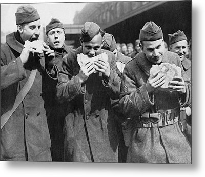 Doughboys Eating Pies Again Metal Print by Underwood Archives