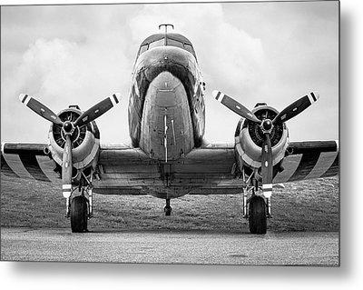 Douglass C-47 Skytrain - Dakota - Gooney Bird Metal Print by Gary Heller