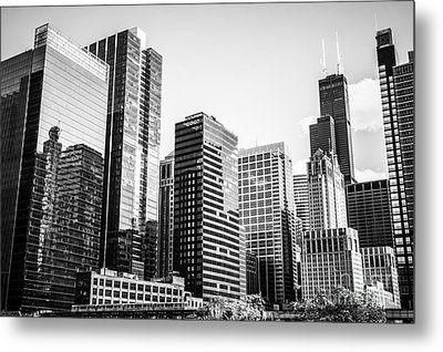 Downtown Chicago Buildings In Black And White Metal Print by Paul Velgos