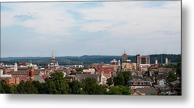 Metal Print featuring the photograph Downtown Dubuque by Jane Melgaard