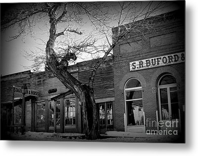 Metal Print featuring the photograph Downtown by Janice Westerberg