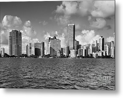 Downtown Miami Metal Print by Eyzen M Kim