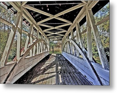 Metal Print featuring the photograph Dr. Knisely Covered Bridge by Suzanne Stout