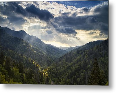 Drama In The Mountains Metal Print by Andrew Soundarajan
