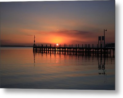 Metal Print featuring the photograph Dreamy Sunset by Kim Andelkovic