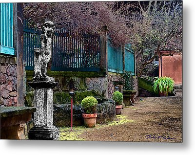 Metal Print featuring the photograph Dresden Guest House by Robert Culver