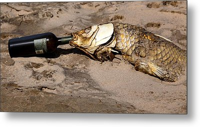 Drink Like A Fish Metal Print by Richard Engelbrecht