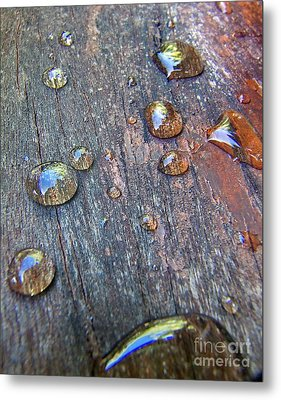 Metal Print featuring the photograph Drops On Wood by Michelle Meenawong