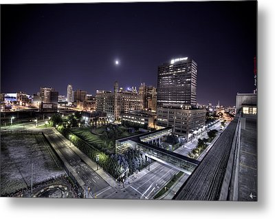 Dte In Detroit Metal Print