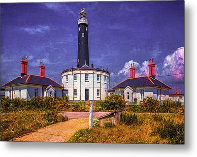 Metal Print featuring the photograph Dungeness Old Lighthouse by Chris Lord