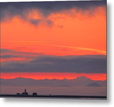 Dungeness Spit Lighthouse Metal Print by I'ina Van Lawick