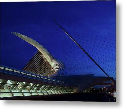 Metal Print featuring the photograph Dusk At The Calatrava by Chuck De La Rosa