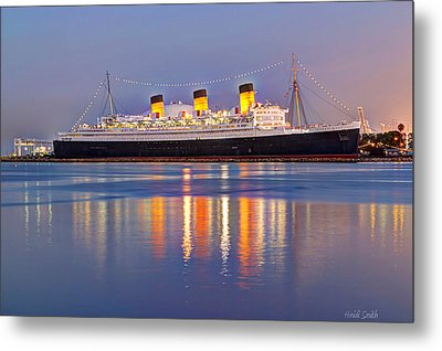 Dusk Light On The Queen Mary Metal Print