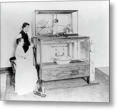 Early 20th Century Incubator Metal Print by Library Of Congress