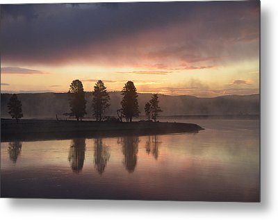 Early Morning In The Valley Metal Print by Tranquil Light  Photography