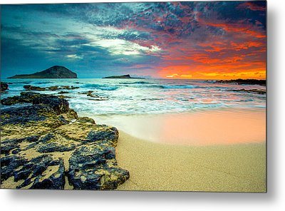 Metal Print featuring the photograph Early Morning Sunrise by Robert  Aycock