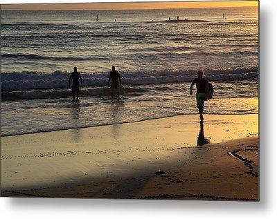 Early Morning Surf Metal Print by Noel Elliot