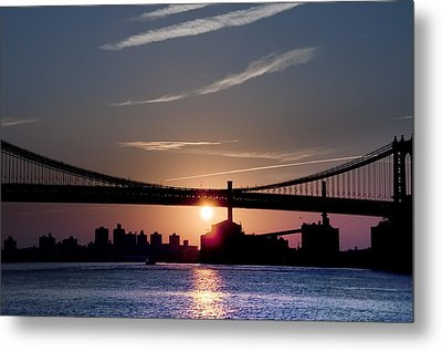 East River Sunrise - New York City Metal Print by Bill Cannon