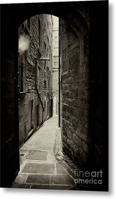 Edinburgh Alley Sepia Metal Print by Jane Rix
