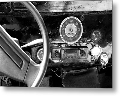 Egyptian Automobile Metal Print by Laura Hiesinger