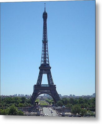 Metal Print featuring the photograph Eiffel Tower by Kay Gilley