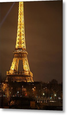 Eiffel Tower - Paris France - 011324 Metal Print by DC Photographer