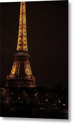 Eiffel Tower - Paris France - 011325 Metal Print by DC Photographer