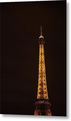 Eiffel Tower - Paris France - 011327 Metal Print by DC Photographer