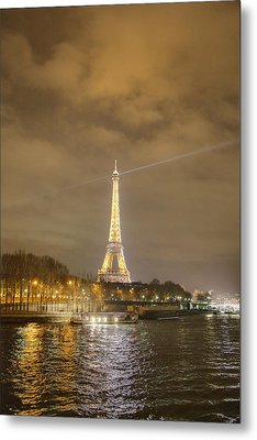 Eiffel Tower - Paris France - 011337 Metal Print by DC Photographer