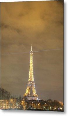 Eiffel Tower - Paris France - 011351 Metal Print by DC Photographer