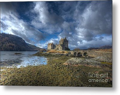 Eilean Donan Castle Scotland Metal Print by John Kelly