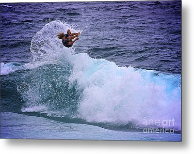 Electrifying Surfer Metal Print by Heng Tan